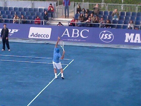 Rafael Nadal, contra las Pistas de Tenis Azules