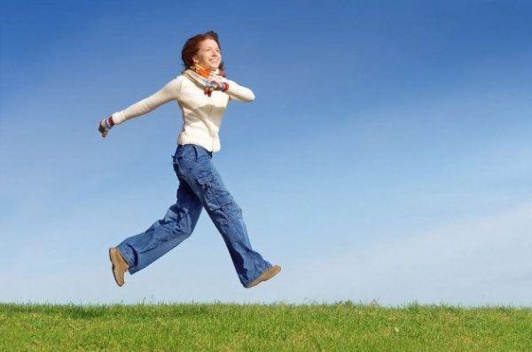 5 ejercicios que mejoran nuestro humor caminar