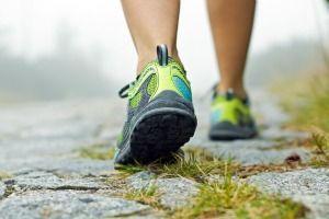 Tonifica muslos, pantorrillas y abdomen gracias a la marcha