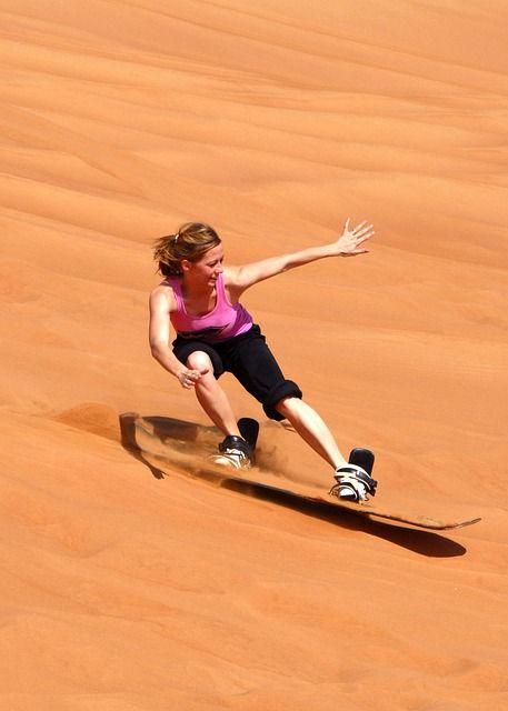 sandboarding-67663_640