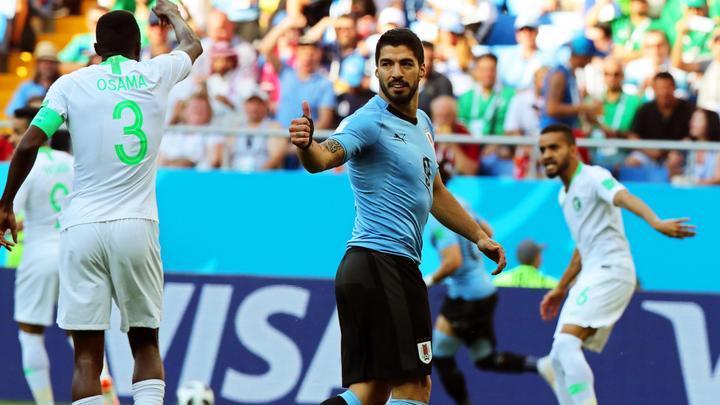 Futbolista se mantienen en forma para el mundial de futbol