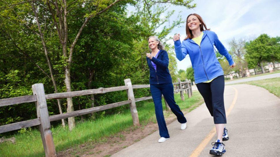 7 BENEFICIOS de las caminatas matutinas